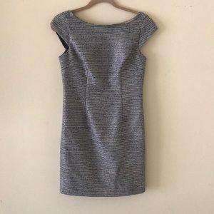 Classy Laundry by Shelli Segal Dress in Size 2